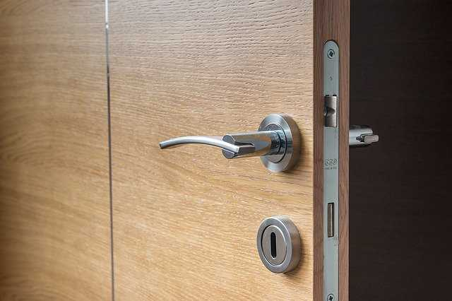 דלתות עץ פופולריות